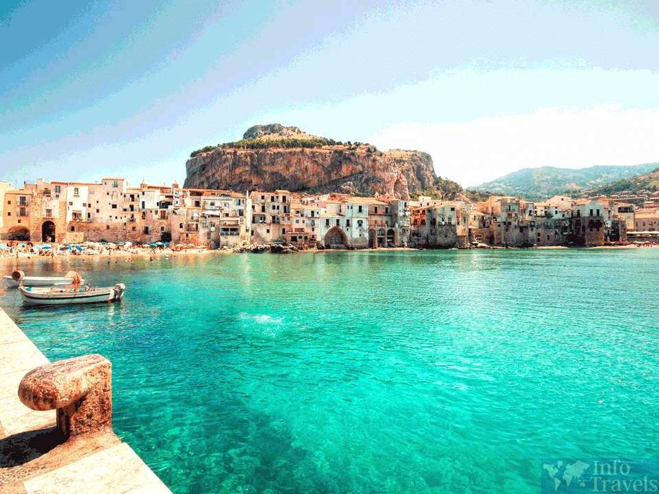 Лучшие пляжи Италии - Чефалу