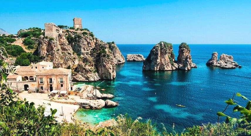 Пляж Скопелло на северо-западе Сицилии