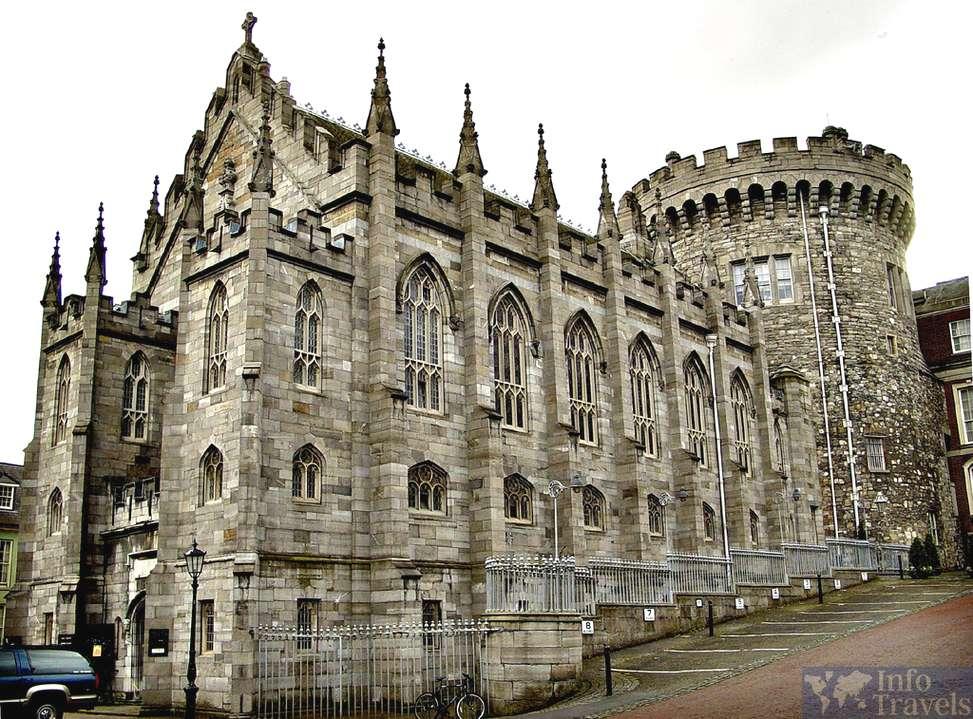 Дублинский замок в топ 9 лучших достопримечательностей Дублина
