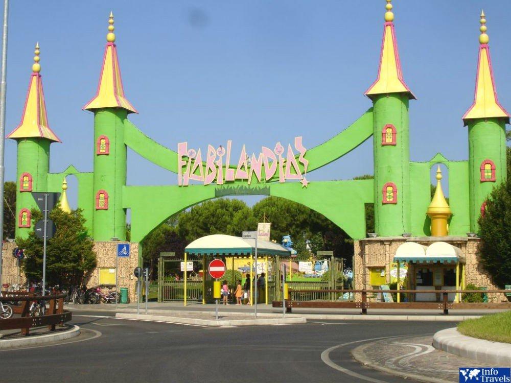 Парк развлечений Фиабиландия (Fiabilandia)
