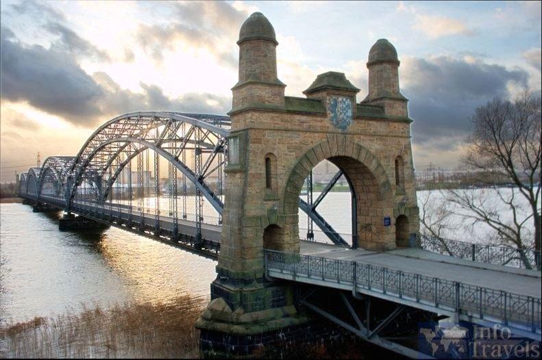 Мост Harburger Elbbrücke в Гамбурге