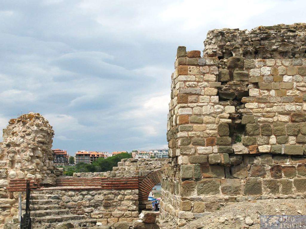 Развалины. История Болгарии
