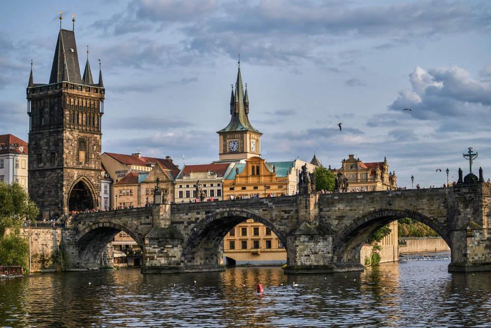 карлов мост в праге история и легенды