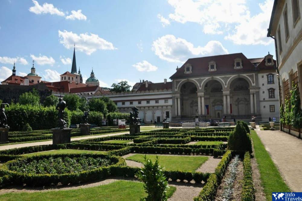 Вальдштейнский сад Прага