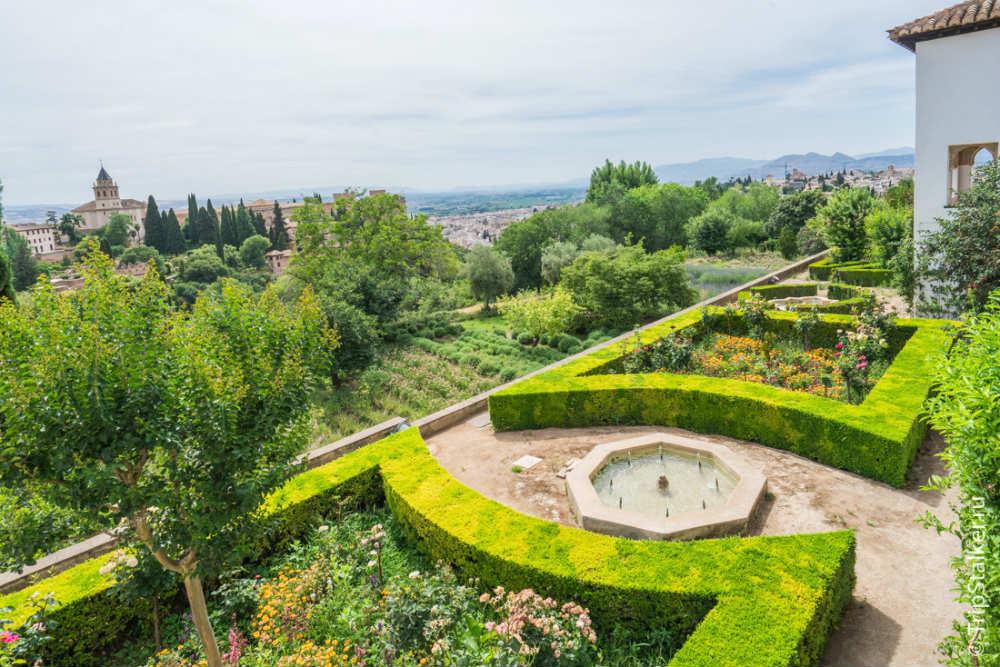 Сады в Альгамбре