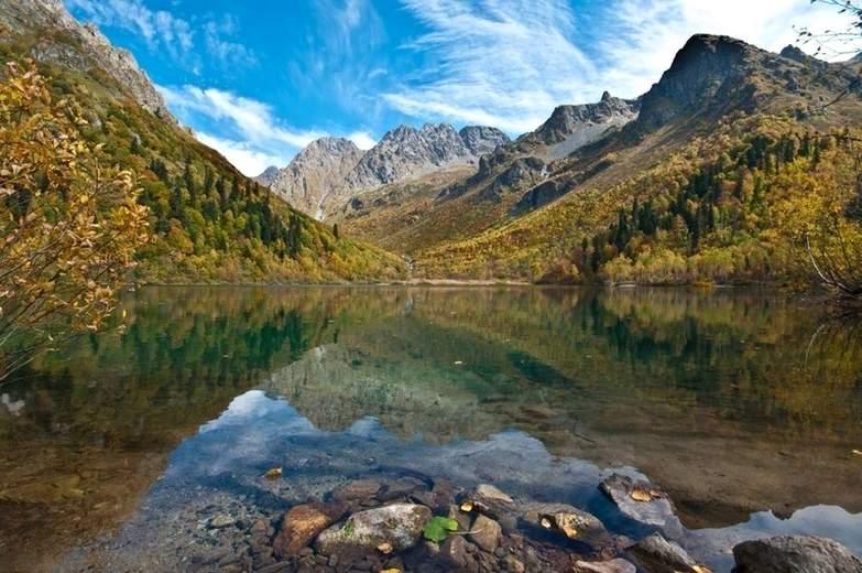 Озеро Кардывач одно из интересных мест в России