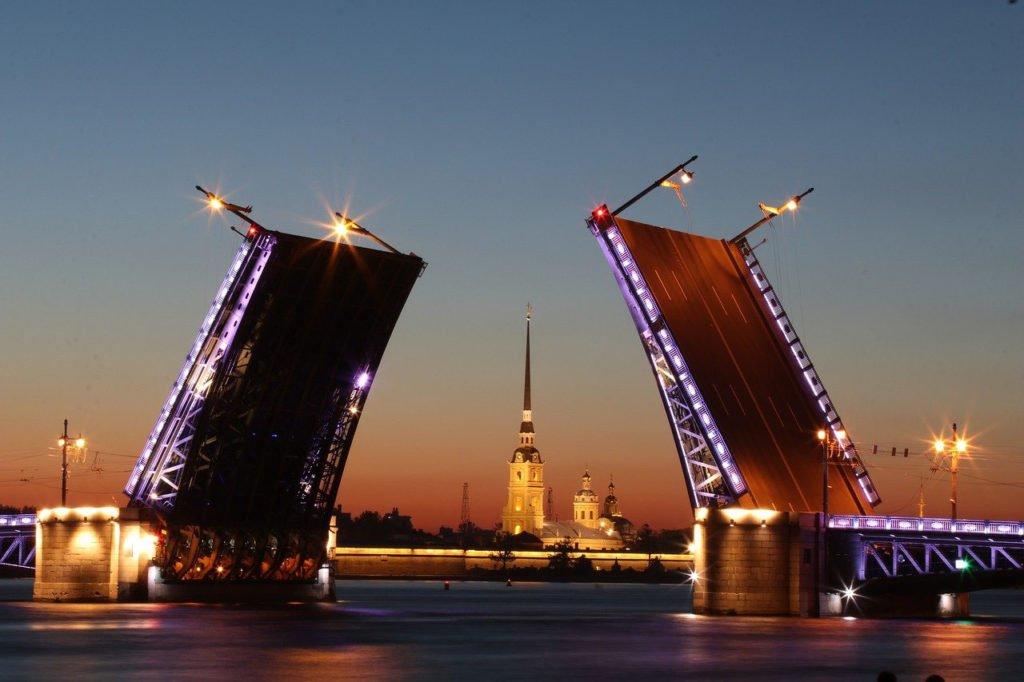 Разводной мост в Санкт-Петебурге